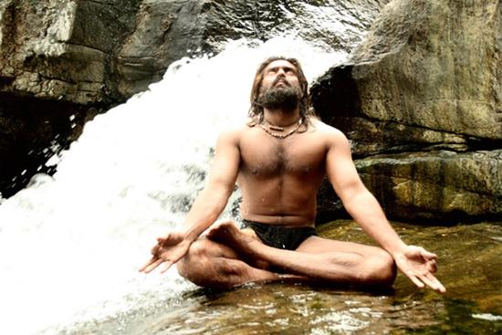 Я Бог /Naan Kadavul (2009)